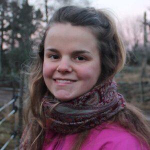 Julia acroyoga teacher and physiotherapist student in Copenhagen